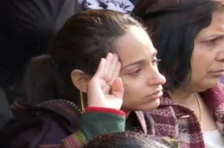 शहीद मेजर विभूति की पत्नी ने जीता हिंदुस्तान का दिल